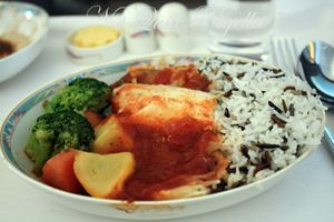 Fine Dining at 31,000 feet on the Emirates Airlines A380 Business Class