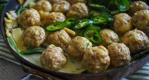 Curry Up! Green Curry Chicken Meatballs {Gluten Free}