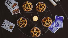 SPOOKY Pentagram Pies!