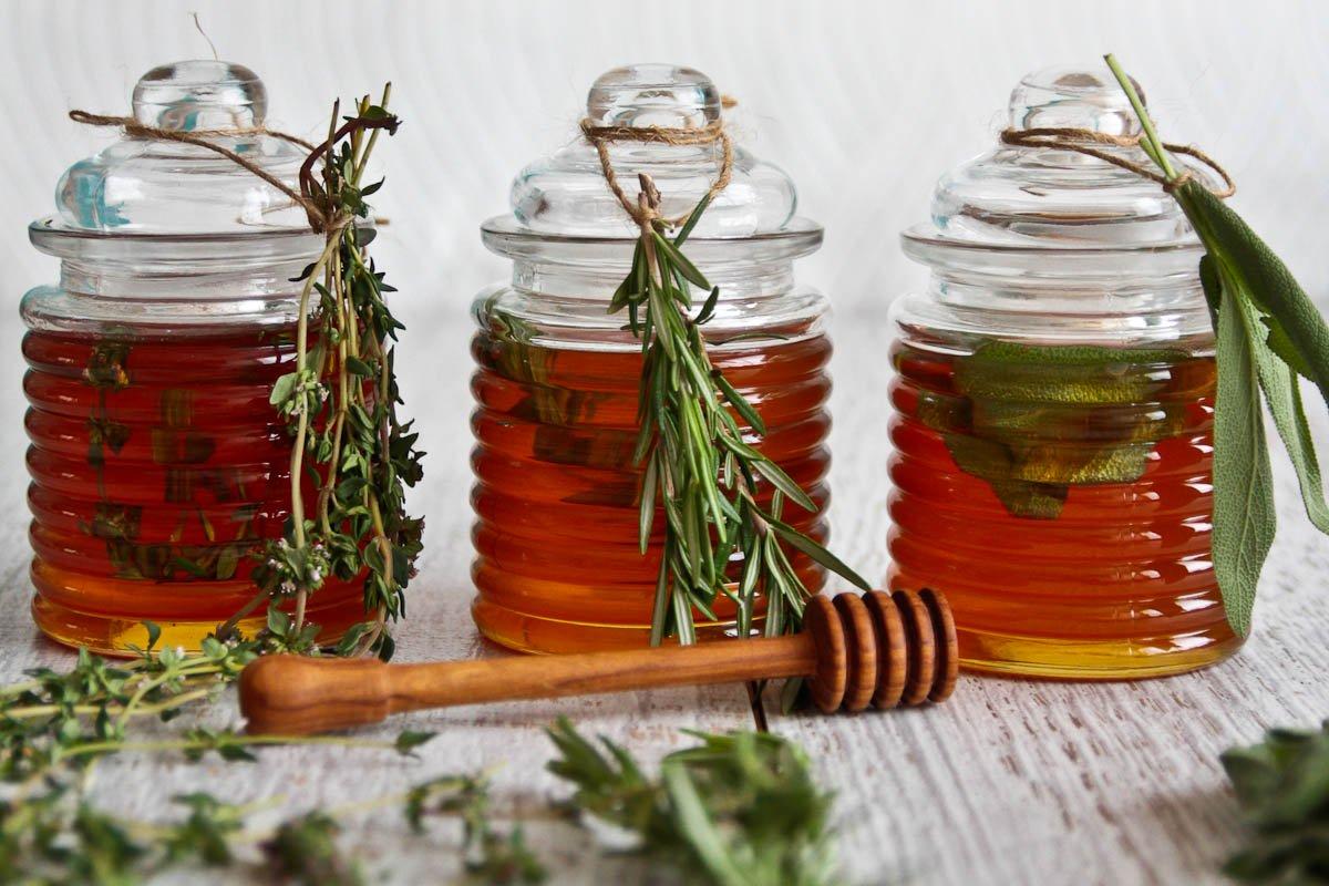 Rosemary, Lemon Thyme & Sage Honey - Edible Christmas Gifts