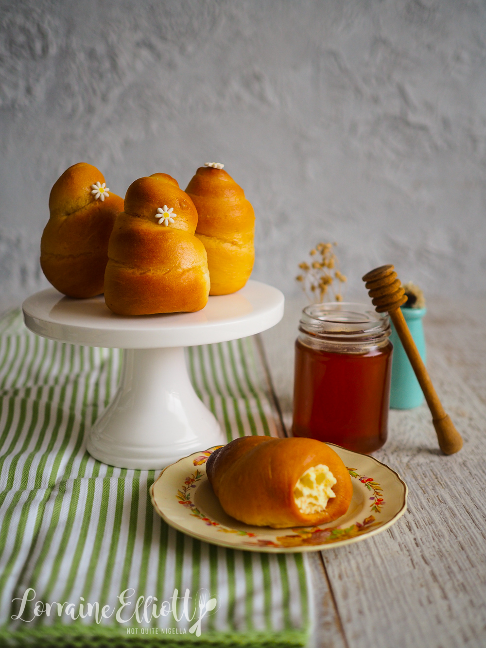 Honey Cream Bread Buns