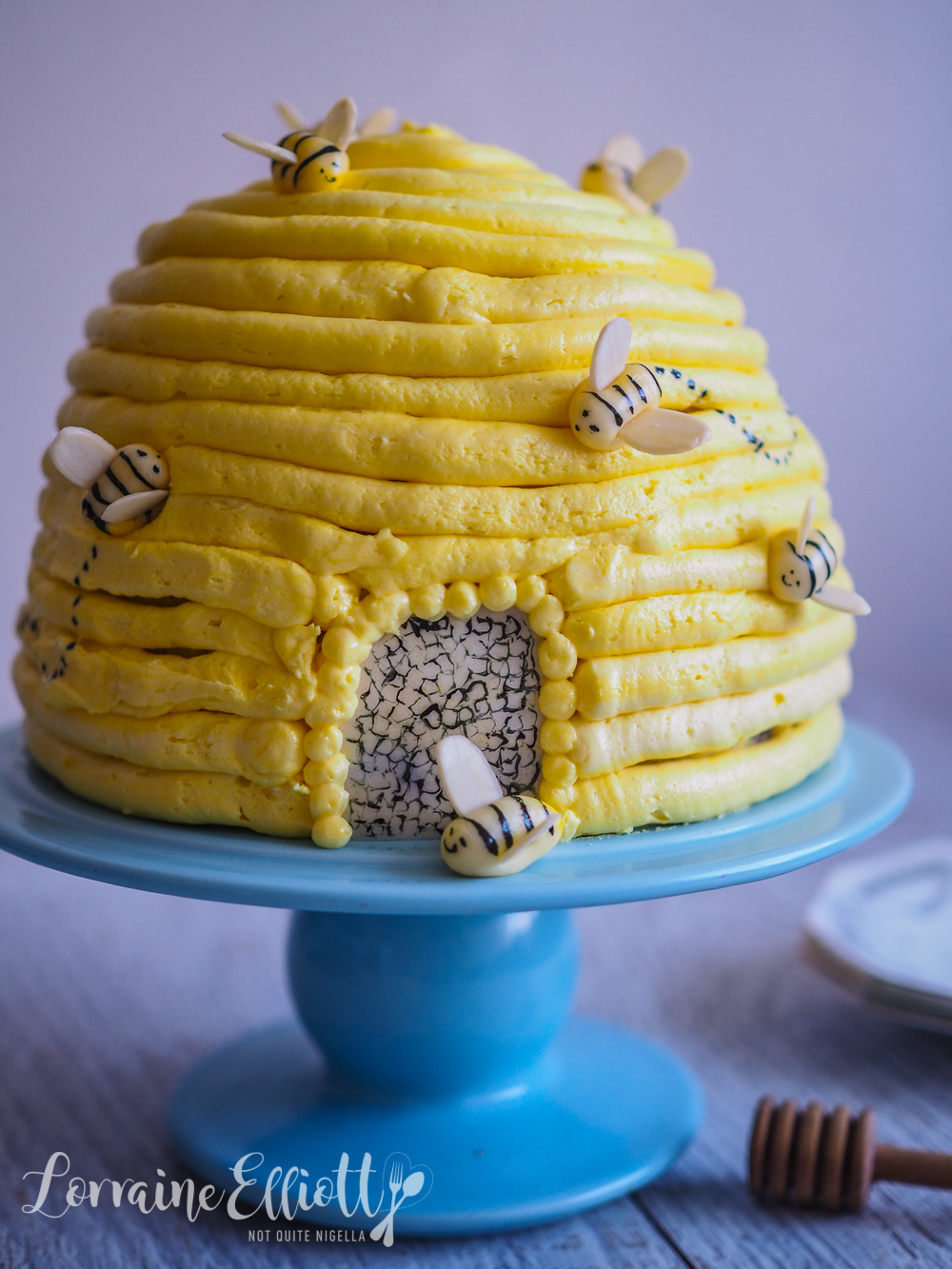 Honey Mead Beehive Cake