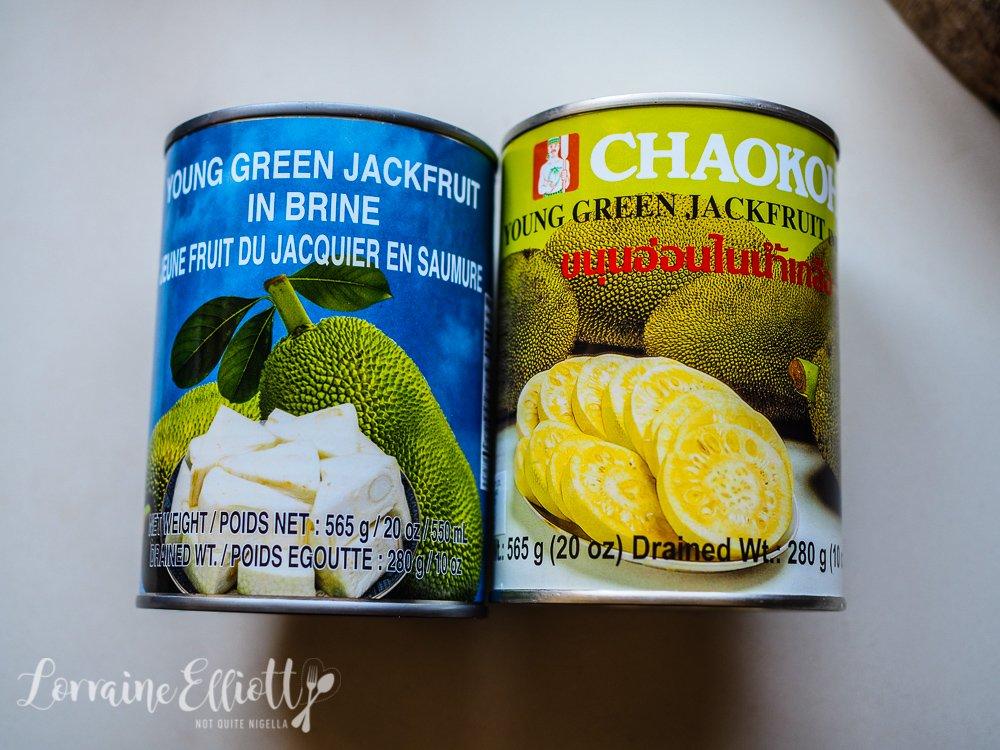 """Pulled Pork"" Jackfruit Vegan Nachos"