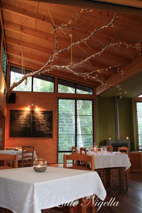 gunyah restaurant inside