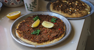 EASY Lahmacun Middle Eastern Spicy Mince Pizzas