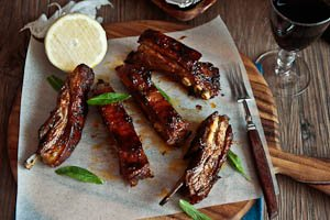 Sticky, Spicy Lamb Ribs