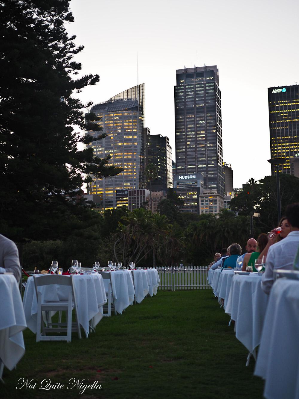Lovers Dinner Botanic Gardens