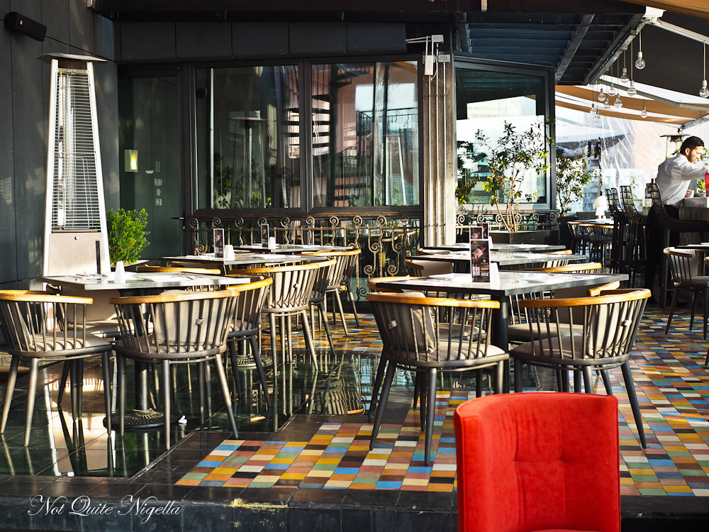 Luciano K Santiago hotel Review