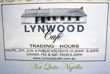 Lynwood Cafe, Collector
