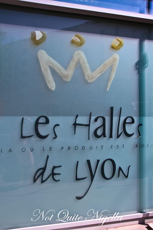 Bouchons & Pink Praline Tarts in Lyon, France