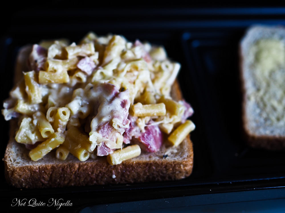 Macaroni and Cheese Toasted Sandwich