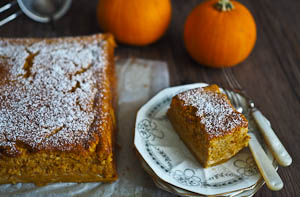 A Pumpkin Pie Magic Cake for Thanksgiving!