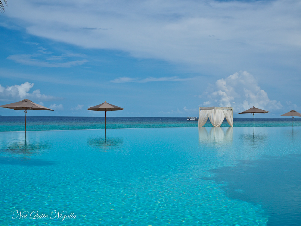 Best Maldives Resorts Review