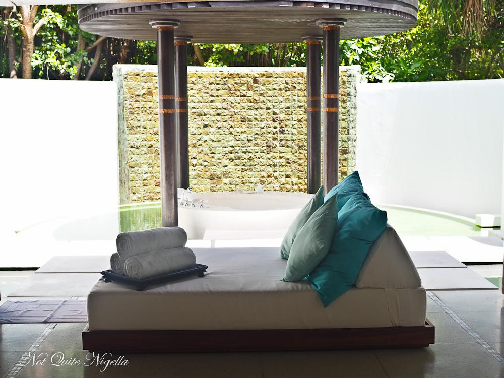 Best Maldives Resorts Review