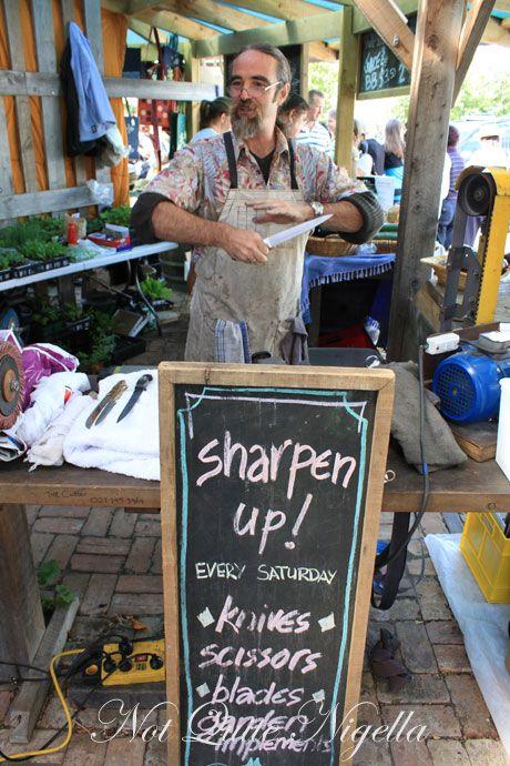matakana farmers market, new zealand, knives