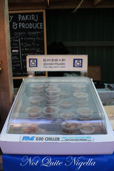 matakana farmers market, new zealand, mussels