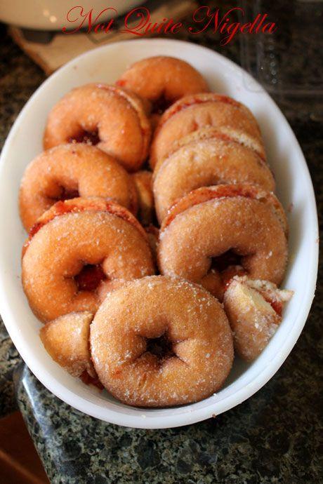 donuts snug