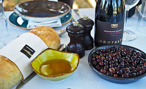 A Picnic at Montalto Wines, Mornington Peninsula