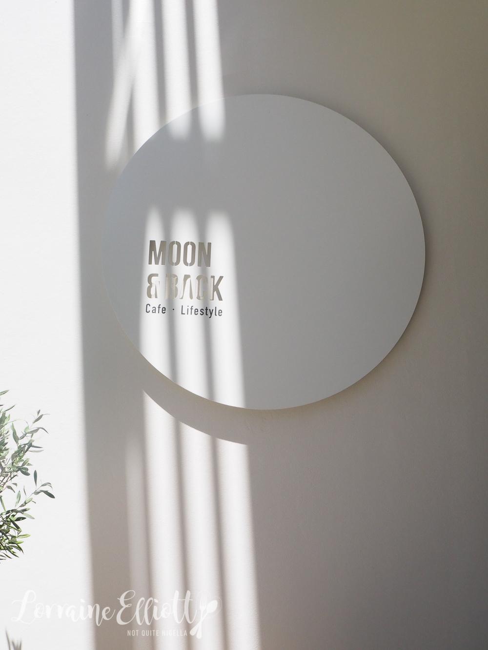MOON & BACK Cafe, Rosebery