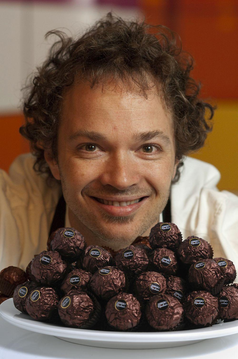 Ferrero Rondnoir Tobie Puttock