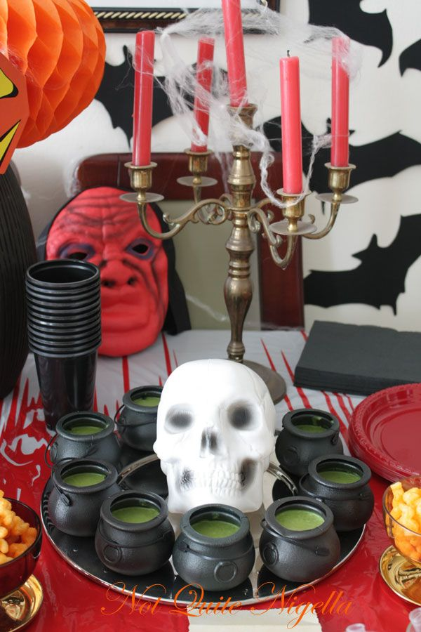 NQN's ghastly, ghoulish Halloween party!