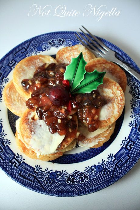 christmas nutmeg pikelets with fruit mince