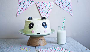 The Adorabubble Pandan Panda Chiffon Cake {That's a Cinch to Decorate!}