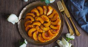 Peach, Rosemary & Vanilla Tarte Tatin!