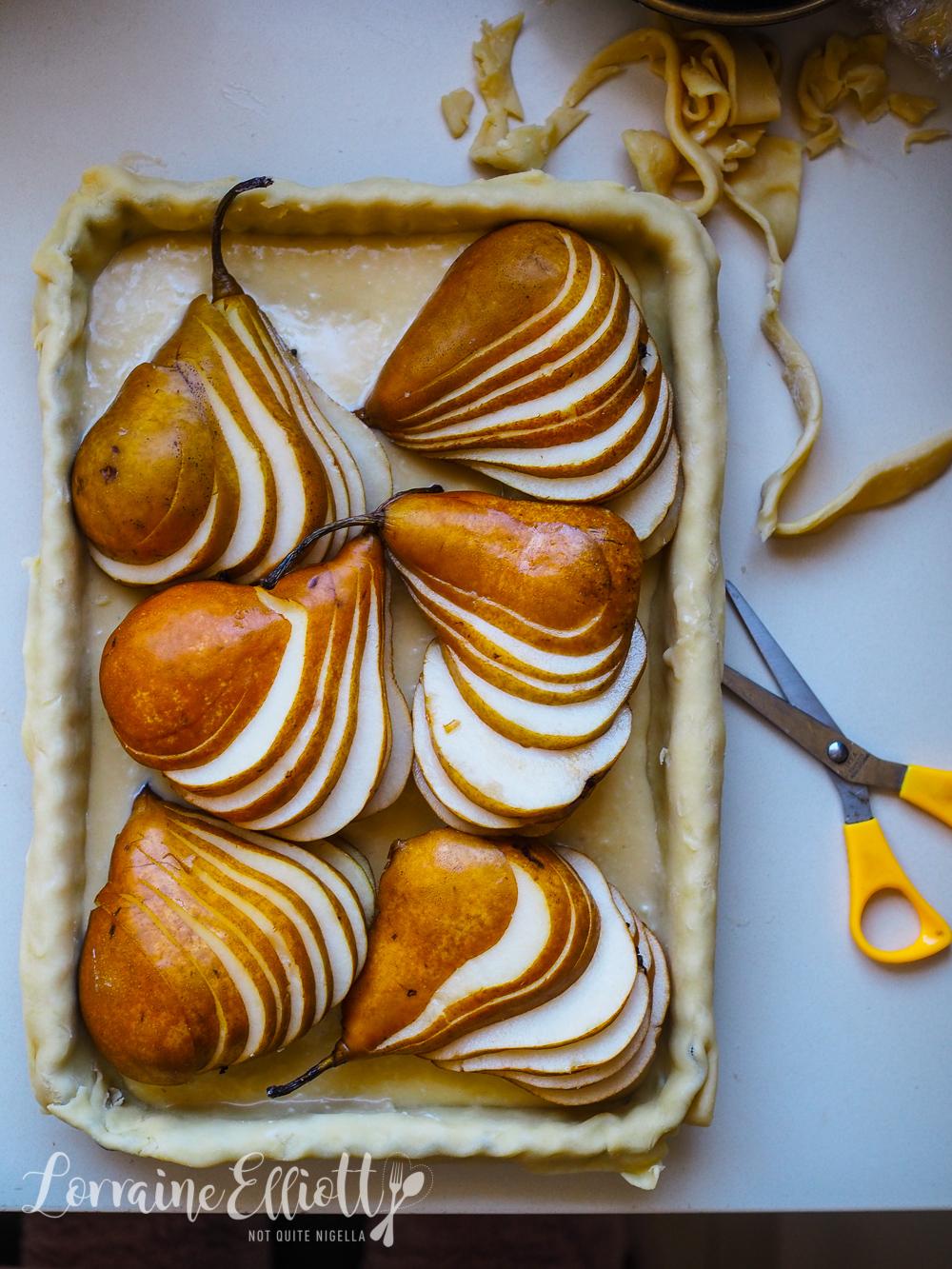 Pear and Gorgonzola cheese tart