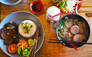 Your Grandma Was Right: Phoodle Eatery, Kingsford