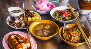 11 Delicious Local Phuket Foods You Have To Try!