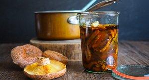 In A Pickle: Pickled Saffron Milk Cap Mushrooms!