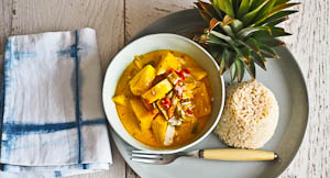 Going Troppo for Pineapple Curry!