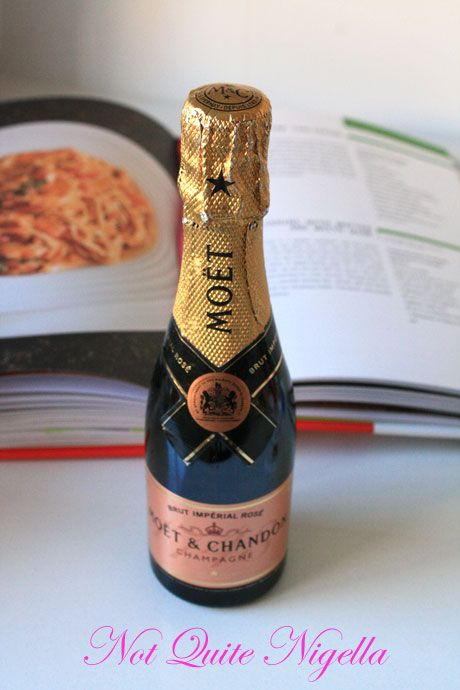 moet bottle