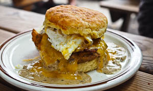 10 Foods To Hunt Down When You're in Portland!