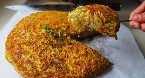 Crispy Giant Potato Rösti Stuffed With Bacon & Cheese!