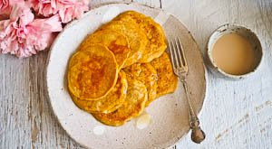 Pumpkin Spice Pikelets {Mini Pancakes} With Sour Cream Pockets!