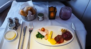 Stroke of Luxe - Qatar Airways Business Class Review, Sydney To Edinburgh