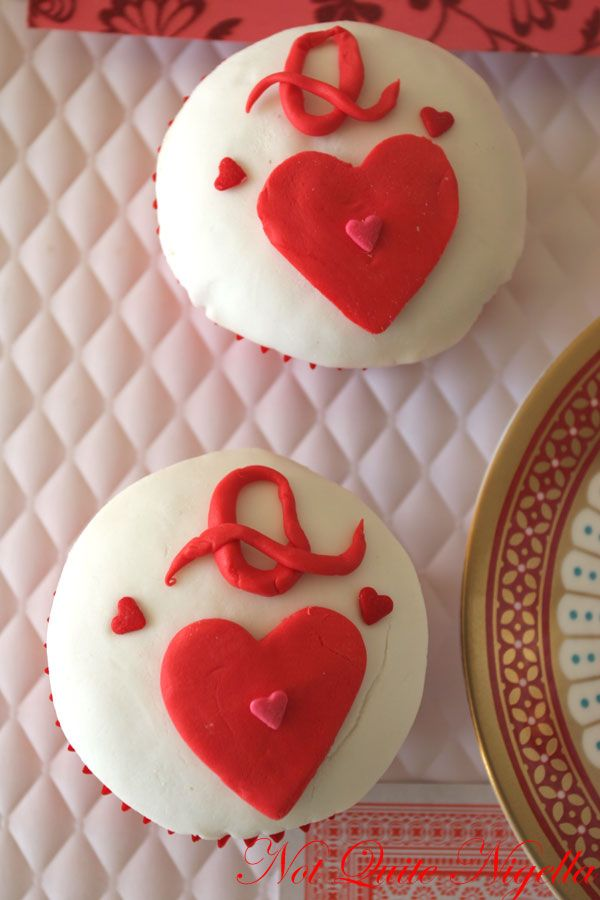Queen of Hearts ginger cupcakes
