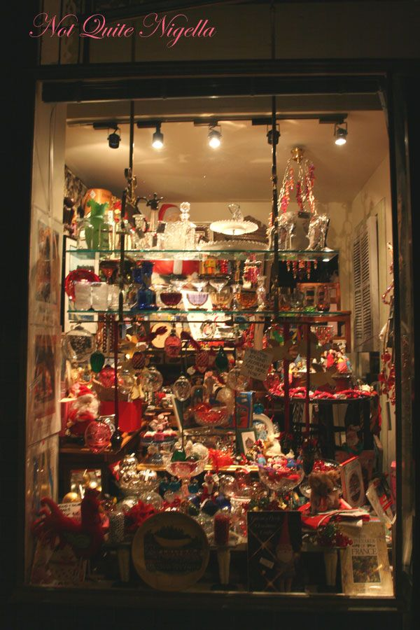 Christmas shop Your Display Gallery