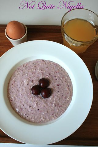 raw mixed berry porridge 2