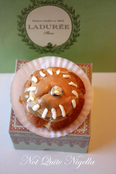 Religieuse au Cafe : I choux choux choux you!