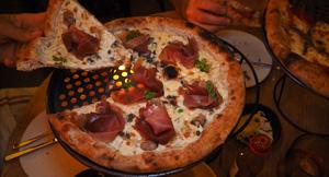 Ria Pizza + Wine, Potts Point