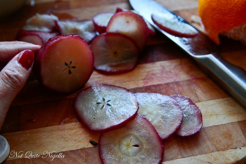 cutting-pear-2