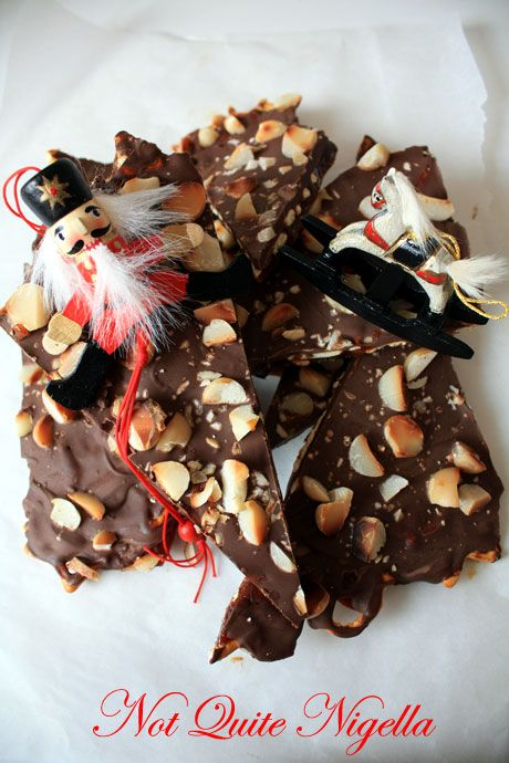 a-salted-pretzel-toffee-3