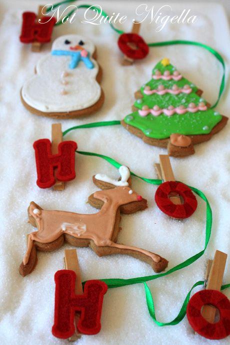 santa reindeer tree christmas gingerbread cookies