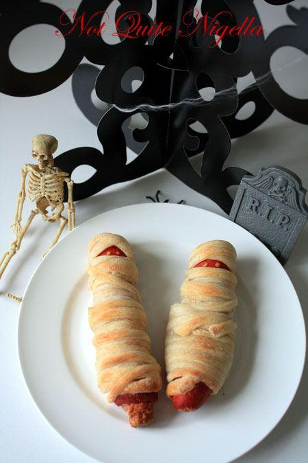 mummy hot dogs 3
