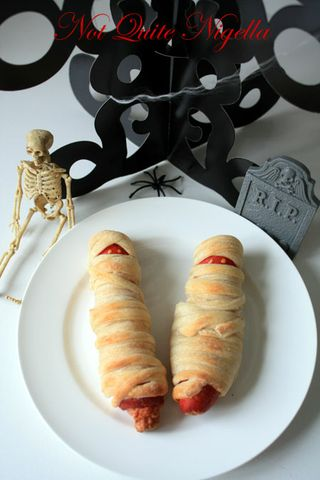mummy hot dogs 2