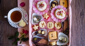 Mum's The Word: Mother's Day Shortbread Cookie Assortment Box!