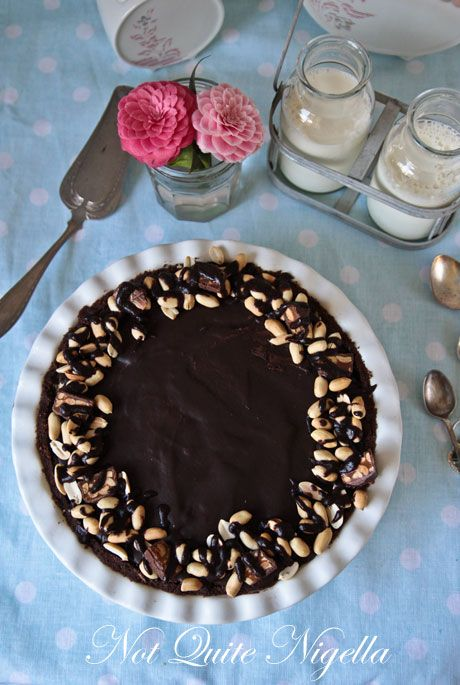 snickers pie recipe